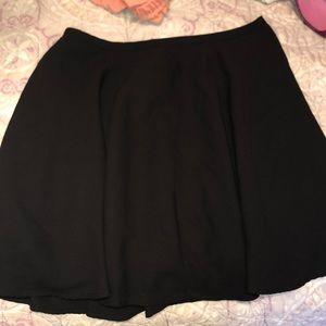 Flowy skirt